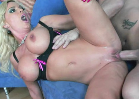 Buxom blonde Diamond gets a big facial